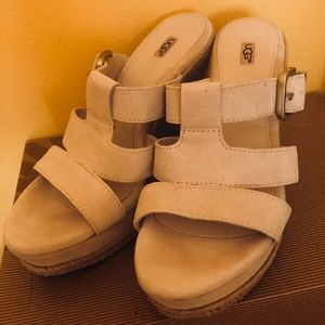 UGG Hedy Wedge Cream Color